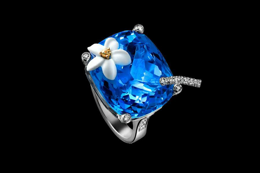 MJ - Luxury Rings & Jewelry Made of Gold, Platinum, Diamonds & Other